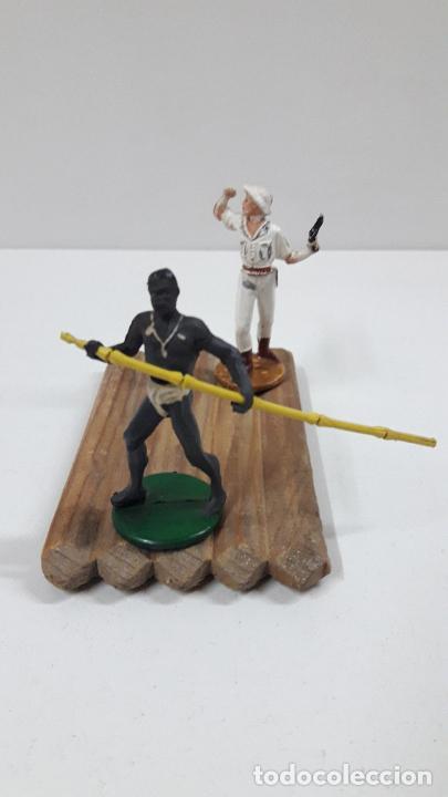 Figuras de Goma y PVC: BALSA CON GUERRERO Y EXPLORADOR . REALIZADOS POR GAMA . ORIGINAL AÑOS 50 - Foto 6 - 211943658