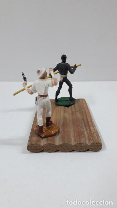 Figuras de Goma y PVC: BALSA CON GUERRERO Y EXPLORADOR . REALIZADOS POR GAMA . ORIGINAL AÑOS 50 - Foto 7 - 211943658