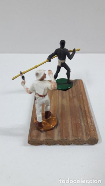 Figuras de Goma y PVC: BALSA CON GUERRERO Y EXPLORADOR . REALIZADOS POR GAMA . ORIGINAL AÑOS 50 - Foto 8 - 211943658