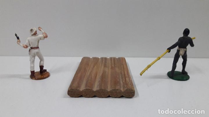 Figuras de Goma y PVC: BALSA CON GUERRERO Y EXPLORADOR . REALIZADOS POR GAMA . ORIGINAL AÑOS 50 - Foto 11 - 211943658