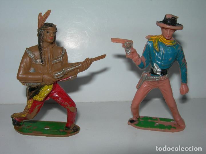 Figuras de Goma y PVC: LOTE DE 6 FIGURAS DE COMANSI DE LOS AÑOS 60/70 MÁS 1 DE REGALO - SOLDADOS, INDIO, VAQUERO, CABALLO - - Foto 3 - 211960592