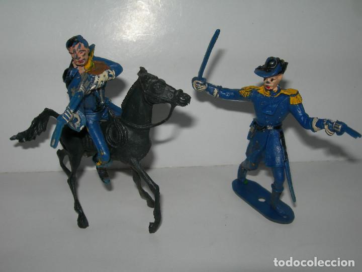 Figuras de Goma y PVC: LOTE DE 6 FIGURAS DE COMANSI DE LOS AÑOS 60/70 MÁS 1 DE REGALO - SOLDADOS, INDIO, VAQUERO, CABALLO - - Foto 5 - 211960592
