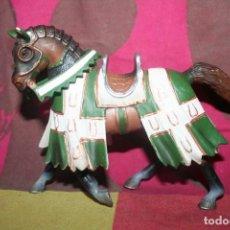 Figuras de Goma y PVC: MUÑECO CABALLERO CON CABALLO 2005. Lote 211972745