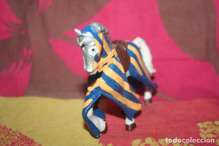 Figuras de Goma y PVC: muñeco medieval papo 2000 - Foto 2 - 211973843