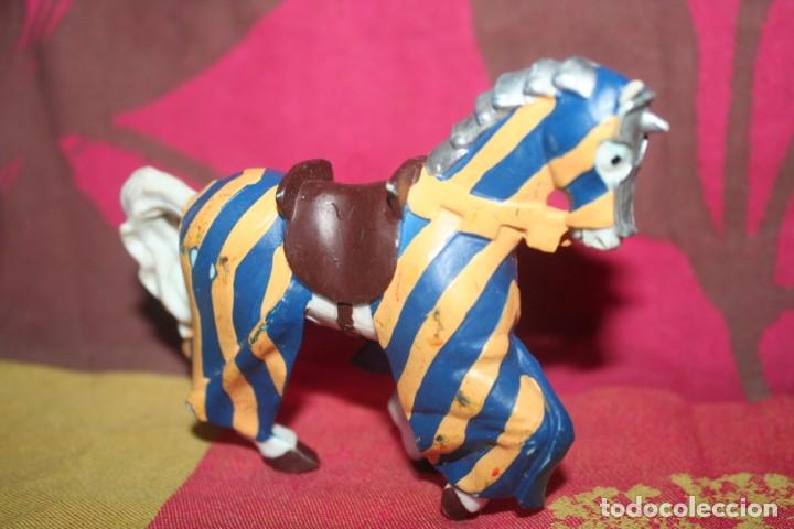 Figuras de Goma y PVC: muñeco medieval papo 2000 - Foto 3 - 211973843
