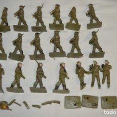 Figuras de Goma y PVC: 19 SOLDADOS PARACAIDISTAS ESPAÑOLES / ANTIGUOS - PLÁSTICO / PVC - REAMSA / GOMARSA ¡MIRA FOTOS!. Lote 212006845