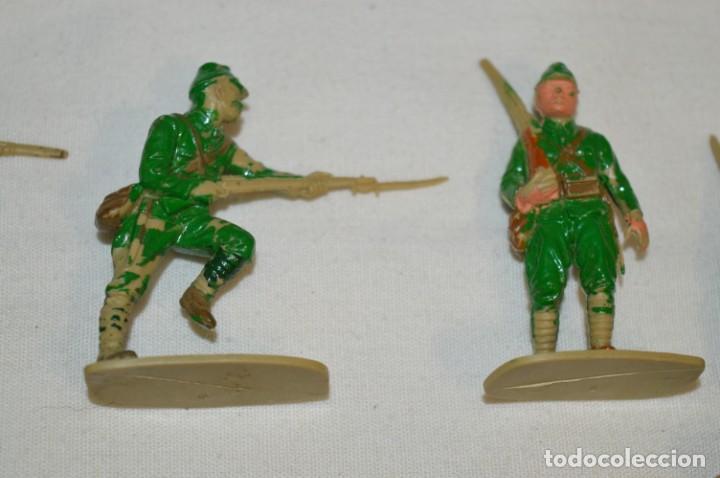 Figuras de Goma y PVC: 15 Soldados JAPONESES y OTROS / Sobre 4 / 5 Cm. altura ¡Mira fotos y detalles! - Foto 3 - 212020432