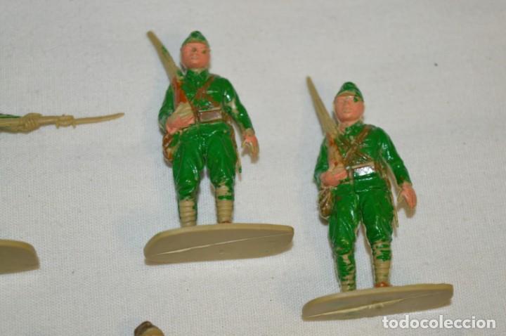 Figuras de Goma y PVC: 15 Soldados JAPONESES y OTROS / Sobre 4 / 5 Cm. altura ¡Mira fotos y detalles! - Foto 4 - 212020432