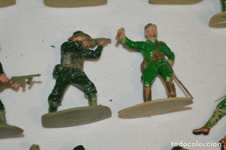 Figuras de Goma y PVC: 15 Soldados JAPONESES y OTROS / Sobre 4 / 5 Cm. altura ¡Mira fotos y detalles! - Foto 6 - 212020432
