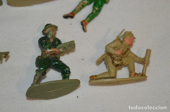 Figuras de Goma y PVC: 15 Soldados JAPONESES y OTROS / Sobre 4 / 5 Cm. altura ¡Mira fotos y detalles! - Foto 10 - 212020432