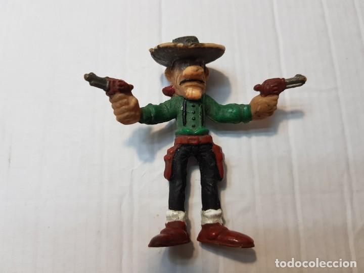 Figuras de Goma y PVC: Figuras Goma Lucky Luke Rantamplan etc lote 7 - Foto 2 - 212022123