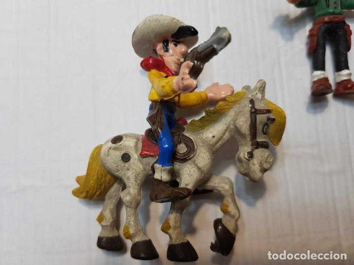 Figuras de Goma y PVC: Figuras Goma Lucky Luke Rantamplan etc lote 7 - Foto 3 - 212022123