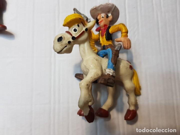 Figuras de Goma y PVC: Figuras Goma Lucky Luke Rantamplan etc lote 7 - Foto 4 - 212022123