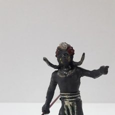 Figuras de Goma y PVC: GUERRERO AFRICANO . REALIZADO POR GAMA . SERIE GRANDE . AÑOS 50 EN GOMA. Lote 212022702