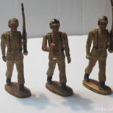 Figuras de Goma y PVC: FIGURAS EN GOMA TEIXIDO SERIE DESFILE ARTICULADAS. Lote 212028753