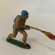 Figuras de Goma y PVC: FIGURA SOLDADO ESPAÑOL TEIXIDO GOMA. Lote 212033640