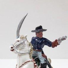 Figuras de Goma y PVC: OFICIAL FEDERAL A CABALLO . REALIZADO POR LAFREDO . ORIGINAL AÑOS 50 / 60. Lote 212401818