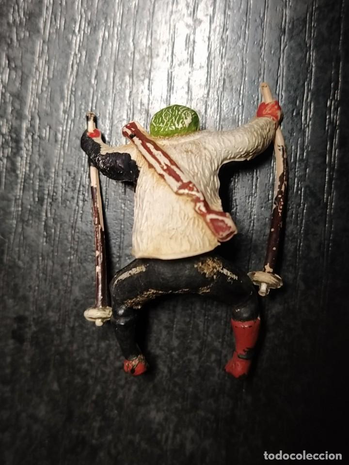 Figuras de Goma y PVC: FIGURAS DE PATRULLA DE MONTAÑA / ESQUIADORES ~ GAMA (AÑOS 50) EN GOMA - Foto 6 - 212699268