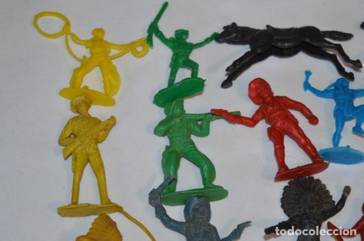 Figuras de Goma y PVC: INDIOS y VAQUEROS, 75 piezas / Plástico/PVC - COMANSI, OLIVER, PUIG, PECH, JECSAN, otras ... ¡Mira! - Foto 3 - 212714138