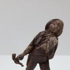 Figuras de Goma y PVC: CURIOSO VAQUERO - COWBOY HERIDO . REALIZADO POR TEIXIDO . AÑOS 50 EN GOMA - SIN PINTAR. Lote 212719158