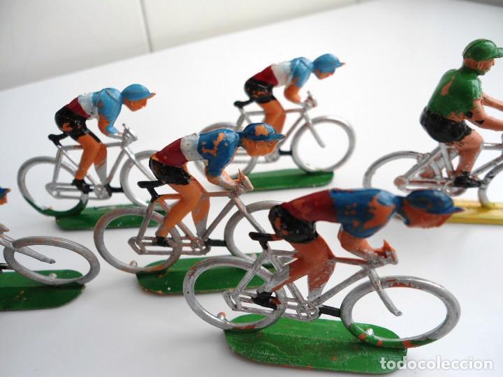 Figuras de Goma y PVC: LOTE 12 FIGURAS DE PLASTICO DE SOTORRES - PELOTON CICLISTAS - VUELTA CICLISTA - AÑOS 60 - Foto 5 - 212724991