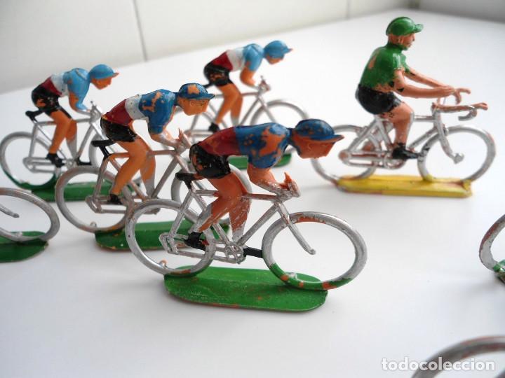 Figuras de Goma y PVC: LOTE 12 FIGURAS DE PLASTICO DE SOTORRES - PELOTON CICLISTAS - VUELTA CICLISTA - AÑOS 60 - Foto 6 - 212724991