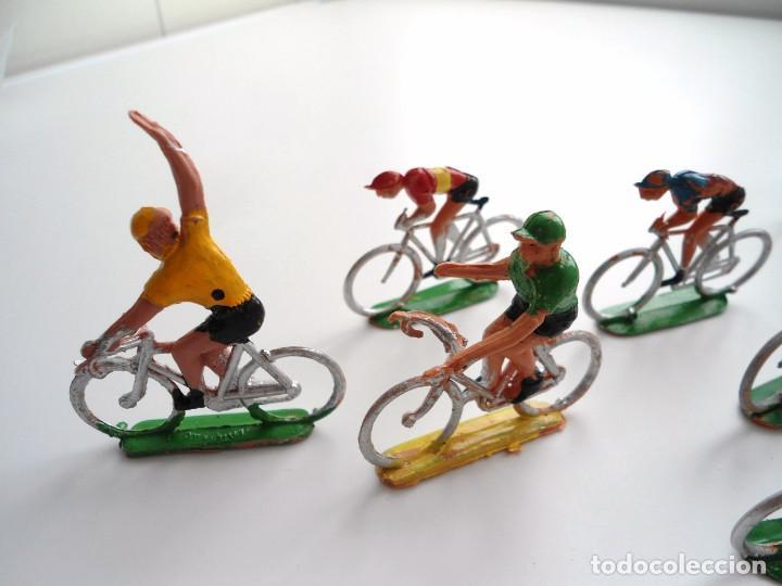 Figuras de Goma y PVC: LOTE 12 FIGURAS DE PLASTICO DE SOTORRES - PELOTON CICLISTAS - VUELTA CICLISTA - AÑOS 60 - Foto 10 - 212724991