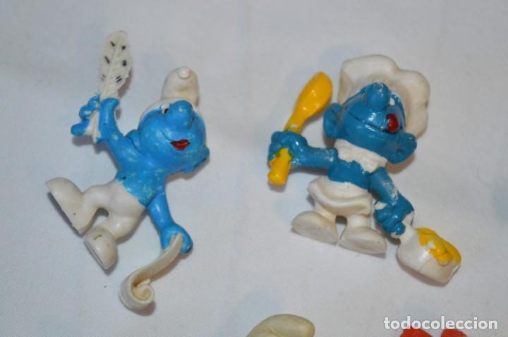 Figuras de Goma y PVC: Lote PITUFOS / 24 figuras variadas, de GOMA / Diferentes personajes y marcas ¡Mira fotos y detalles! - Foto 2 - 212787013