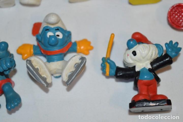 Figuras de Goma y PVC: Lote PITUFOS / 24 figuras variadas, de GOMA / Diferentes personajes y marcas ¡Mira fotos y detalles! - Foto 7 - 212787013