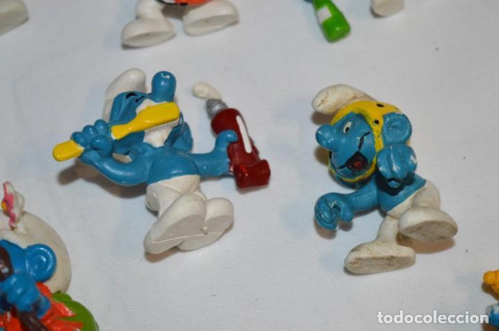 Figuras de Goma y PVC: Lote PITUFOS / 24 figuras variadas, de GOMA / Diferentes personajes y marcas ¡Mira fotos y detalles! - Foto 9 - 212787013