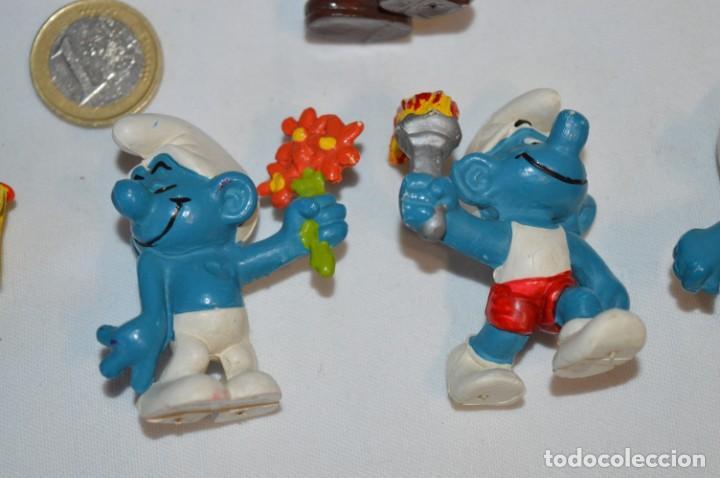 Figuras de Goma y PVC: Lote PITUFOS / 24 figuras variadas, de GOMA / Diferentes personajes y marcas ¡Mira fotos y detalles! - Foto 13 - 212787013