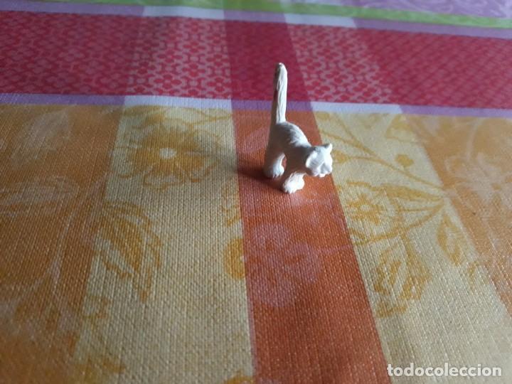 Figuras de Goma y PVC: Caja con 170 figuras Dunkin de los Sesenta- Setenta de Animales Variados . - Foto 6 - 212788377