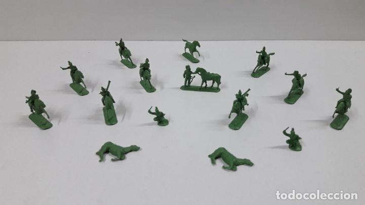 Figuras de Goma y PVC: LOTE DE SOLDADITOS MONTAPLEX - CABALLERIA DE NAPOLEON . AÑOS 70 / 80 - Foto 2 - 212827077