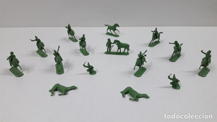 LOTE DE SOLDADITOS MONTAPLEX - CABALLERIA DE NAPOLEON . AÑOS 70 / 80 (Juguetes - Figuras de Goma y Pvc - Montaplex)