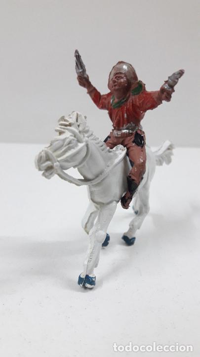 Figuras de Goma y PVC: VAQUERO A CABALLO . REALIZADO POR LAFREDO . AÑOS 50 EN GOMA , ALTURA A CABALLO 6,8 CM - Foto 2 - 212902636
