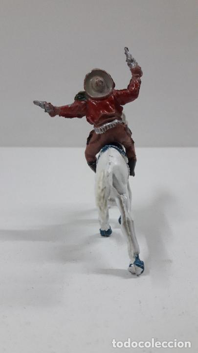Figuras de Goma y PVC: VAQUERO A CABALLO . REALIZADO POR LAFREDO . AÑOS 50 EN GOMA , ALTURA A CABALLO 6,8 CM - Foto 4 - 212902636