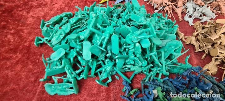 Figuras de Goma y PVC: COLECCIÓN DE 802 FIGURAS DE RESINA. REAMSA Y GOMARSA. ESPAÑA. SIGLO XX. - Foto 5 - 213139181