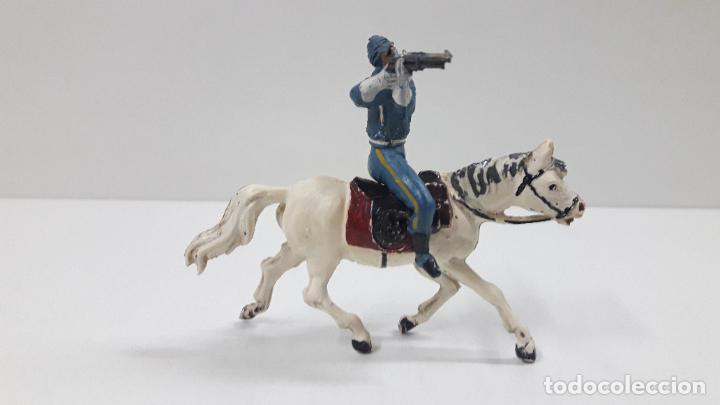 Figuras de Goma y PVC: SOLDADO FEDERAL A CABALLO . REALIZADO POR PECH . ORIGINAL AÑOS 50 EN GOMA - Foto 5 - 213453711