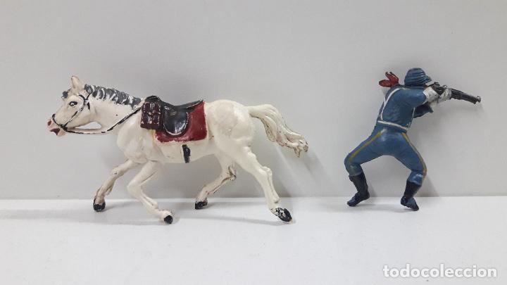 Figuras de Goma y PVC: SOLDADO FEDERAL A CABALLO . REALIZADO POR PECH . ORIGINAL AÑOS 50 EN GOMA - Foto 8 - 213453711