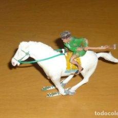 Figuras de Goma y PVC: ESTEREOPLAST COSACO VERDE A CABALLO. Lote 213523373
