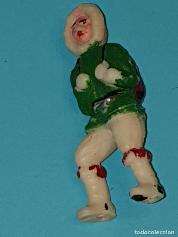 Figuras de Goma y PVC: VARIAS FIGURAS ESQUIMALES de SOTORRES, plástico, año 1957. - Foto 6 - 213617688