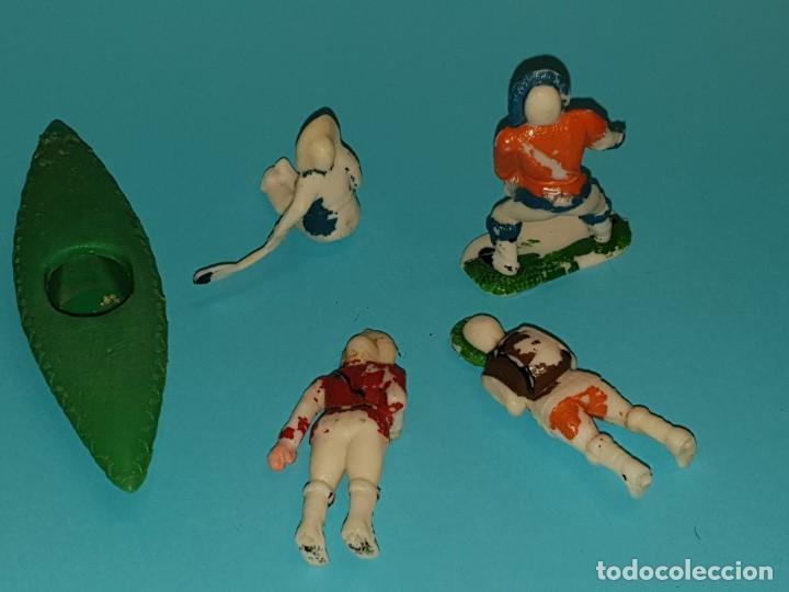 Figuras de Goma y PVC: VARIAS FIGURAS ESQUIMALES Y CANOA de SOTORRES, año 1957. - Foto 2 - 213618176