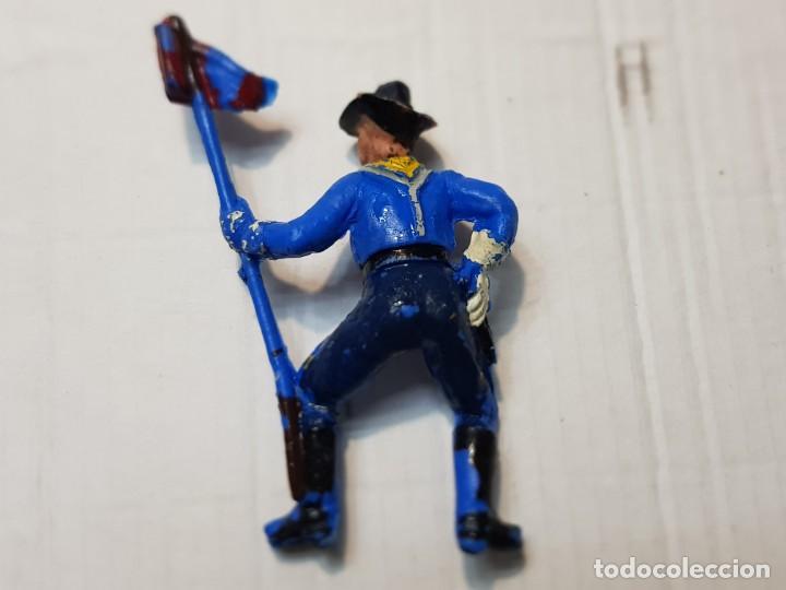 Figuras de Goma y PVC: Figura Descabezado Jecsan Abanderado a Caballo escasa - Foto 2 - 213883440