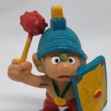 Figuras de Goma y PVC: PITUFO ROMANO GLADIADOR. FIGURA PVC. Lote 213921857