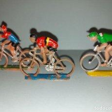 Figuras de Borracha e PVC: LOTE 3 CICLISTAS- DE PLASTICO DE SOTORRES - VUELTA CICLISTA - AÑOS 60. Lote 214012335