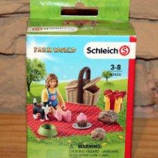 Figuras de Goma y PVC: FARM WORLD - SCHLEICH - PICNIC DE CUMPLEAÑOS - 42426 - NUEVO Y EN SU CAJA ORIGINAL. Lote 214281446