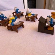 Figuras de Goma y PVC: PITUFOS EN LA ESCUELA - SCHLEICH. Lote 214637053