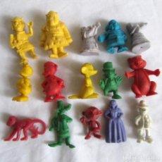 Figuras de Goma y PVC: 15 FIGURAS DE PLÁSTICO DUNKIN. Lote 214729135