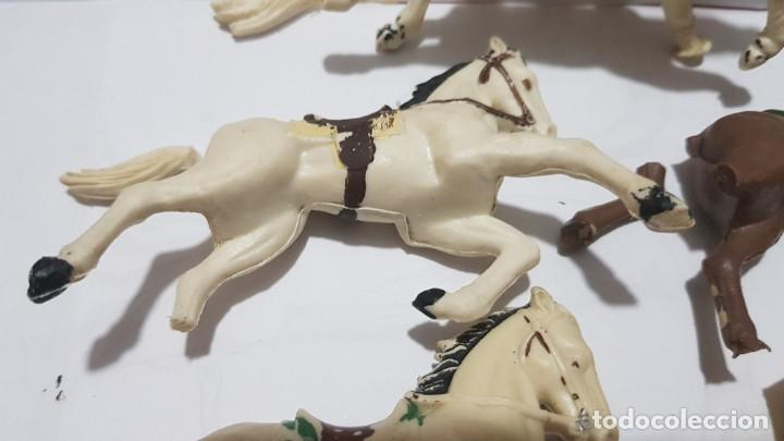 Figuras de Goma y PVC: Lote caballos en plastico con falta Reamsa - Foto 3 - 214738508