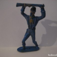 Figuras de Goma y PVC: FIGURA COMANSI EN PLASTICO. Lote 214813311